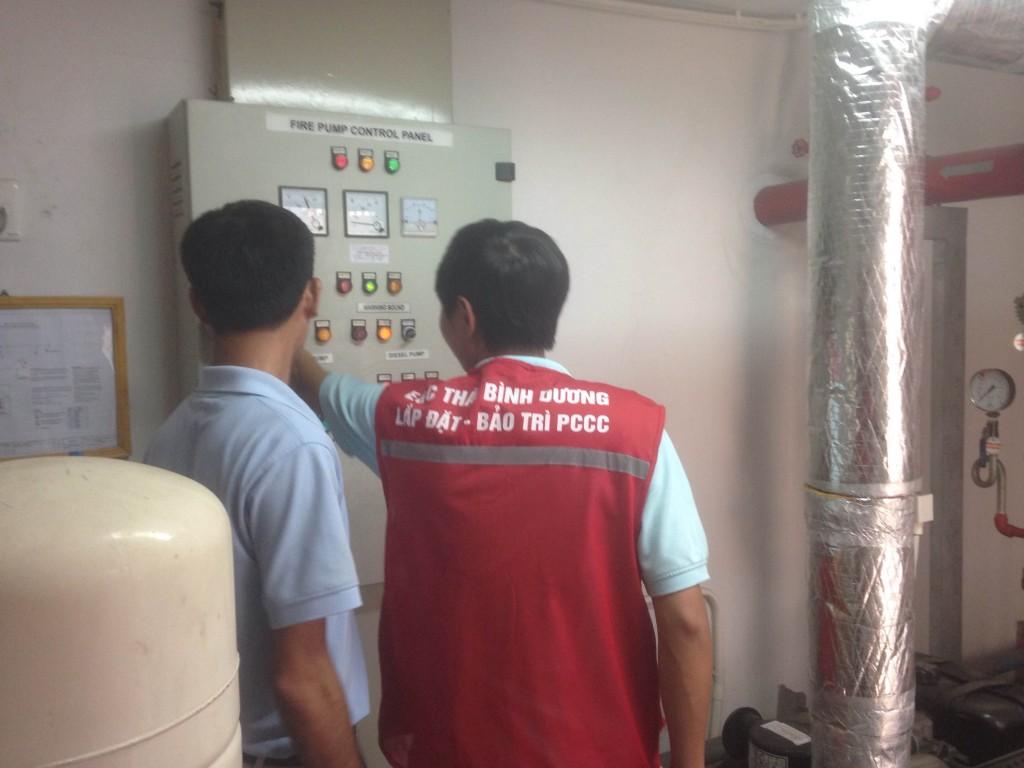 Kiểm tra tủ bơm chữa cháy
